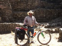 Don Felipe Garcia, Zona Arqueologica Huamango_1024x768