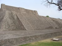 Piramide de Tenayuca 06