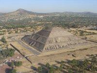 Vista Aerea Piramide del Sol 05